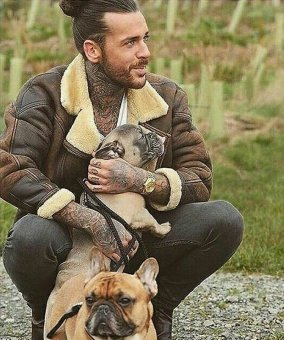 Pete Wicks Boycott Dogs4Us